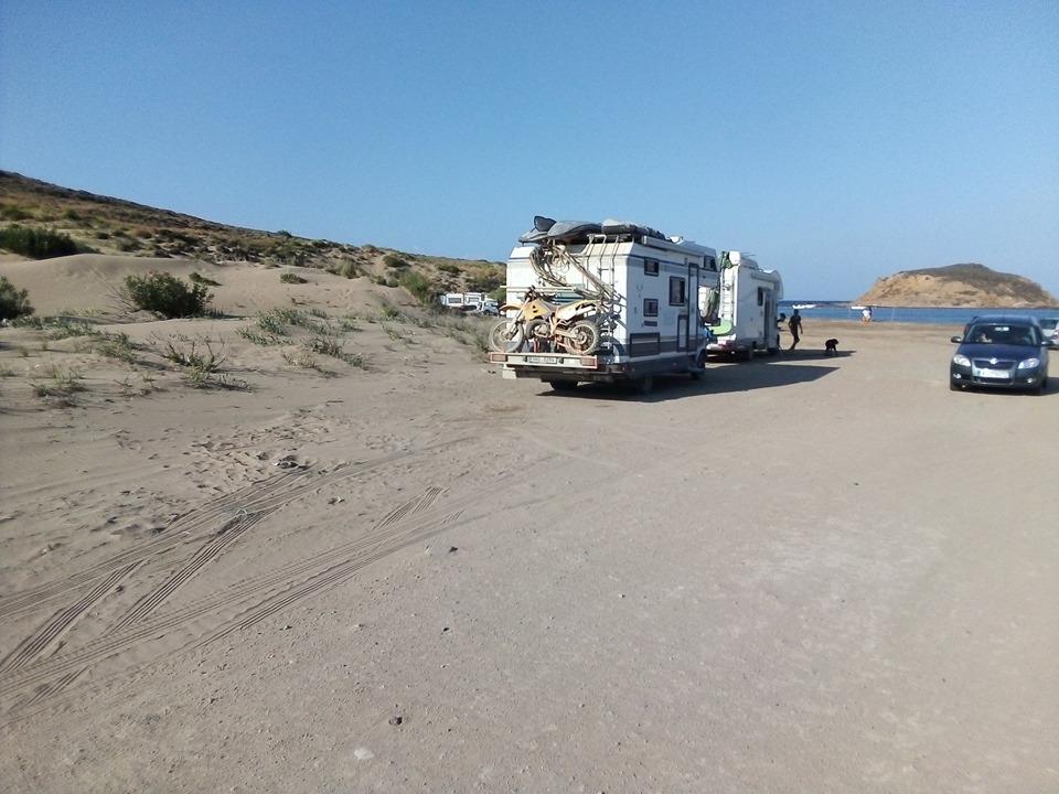 кемпер плажа на о. Лимнос