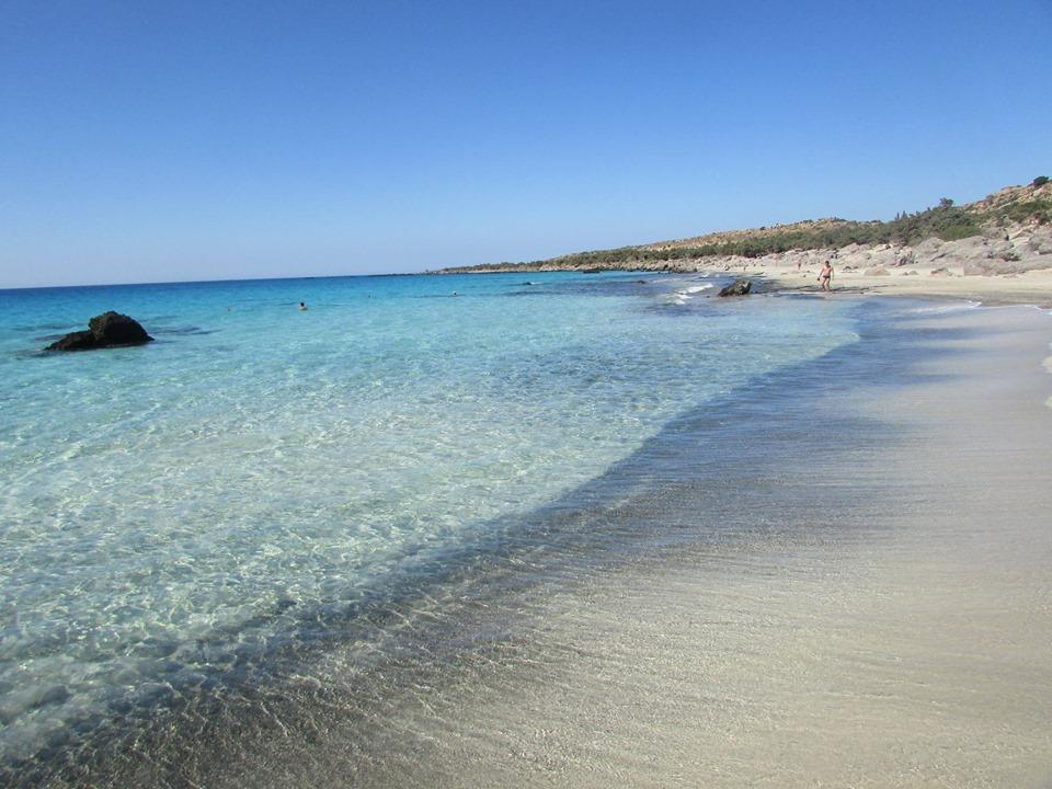 приказният див плаж Кедродасос