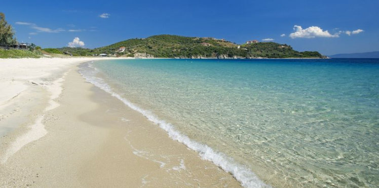 плаж Амулиани