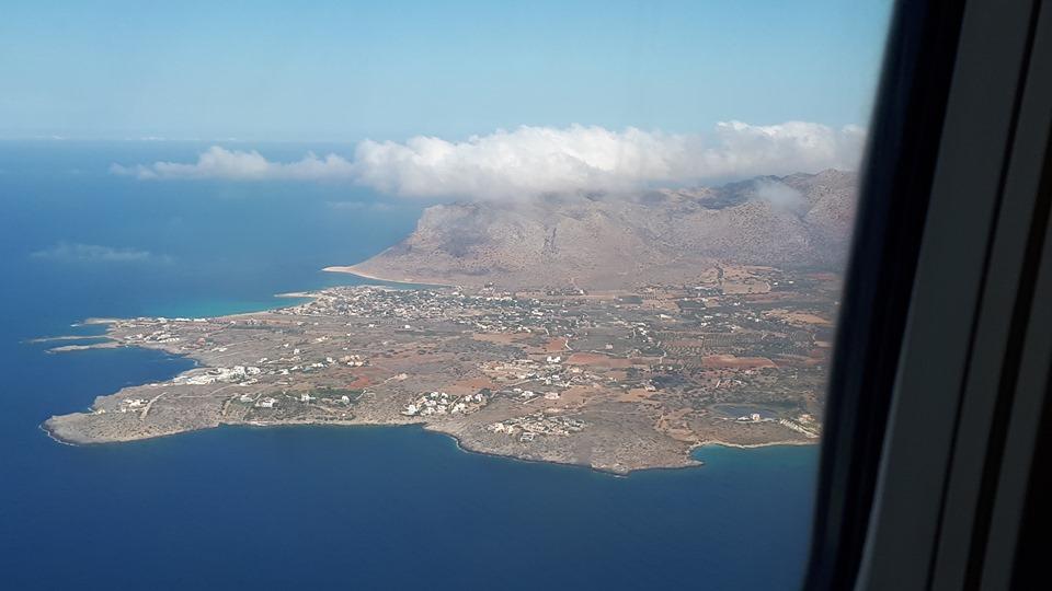 остров крит при кацане в Ханя