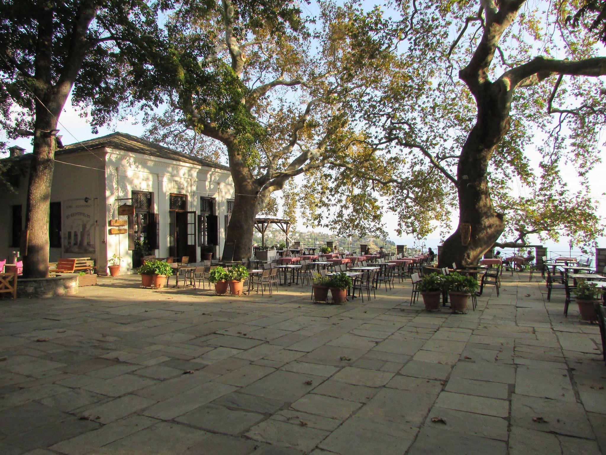 площада на Макриница