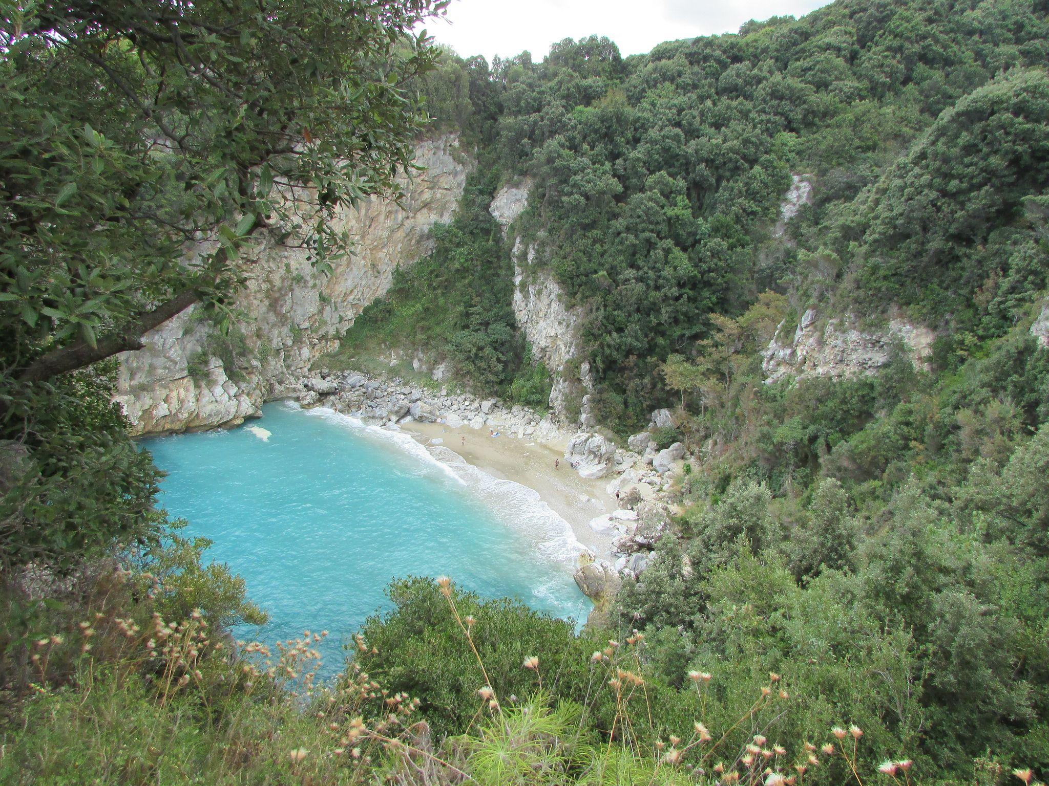 Плаж Факистра от високо