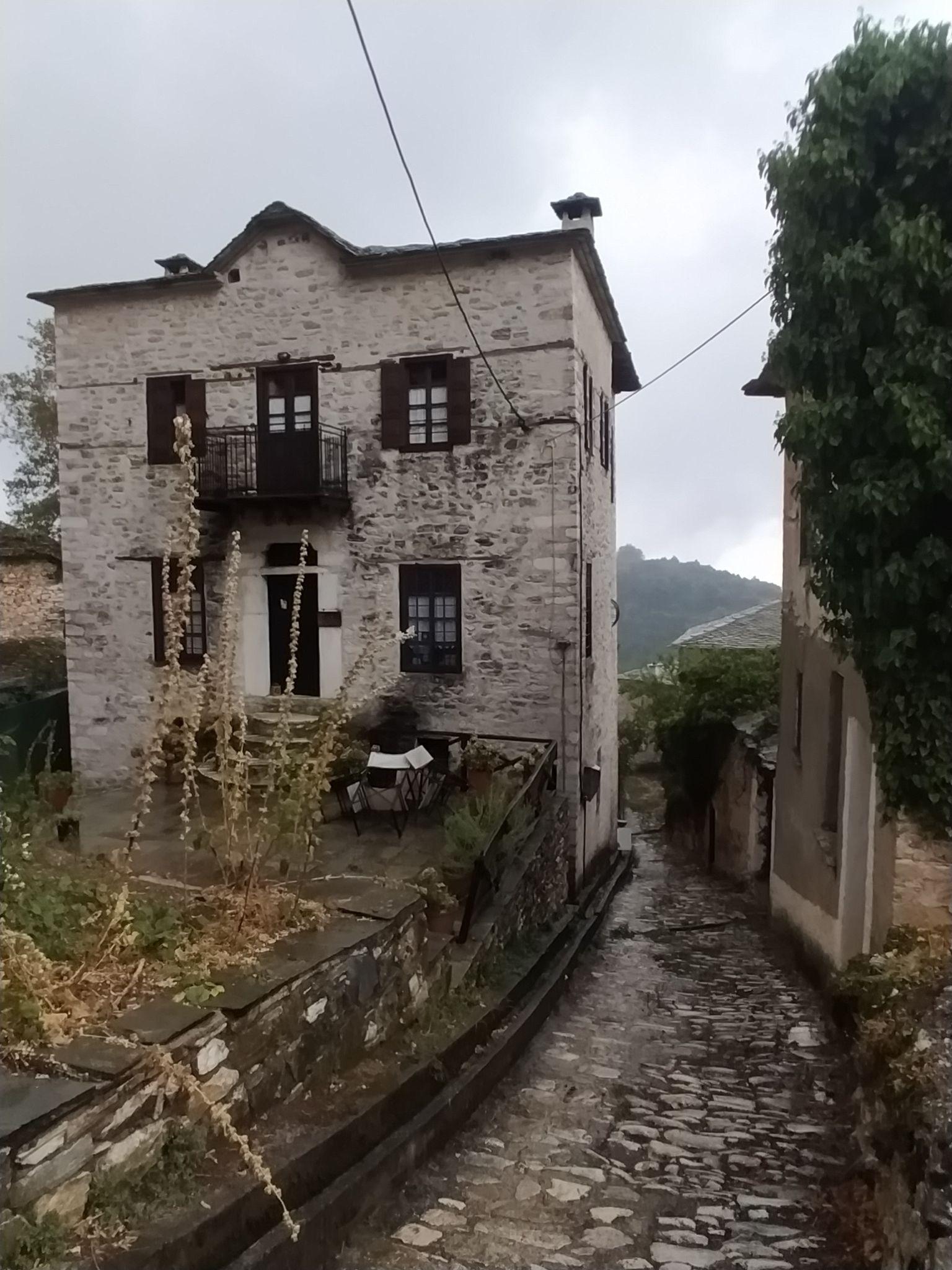 Уличка в село Пинакатес