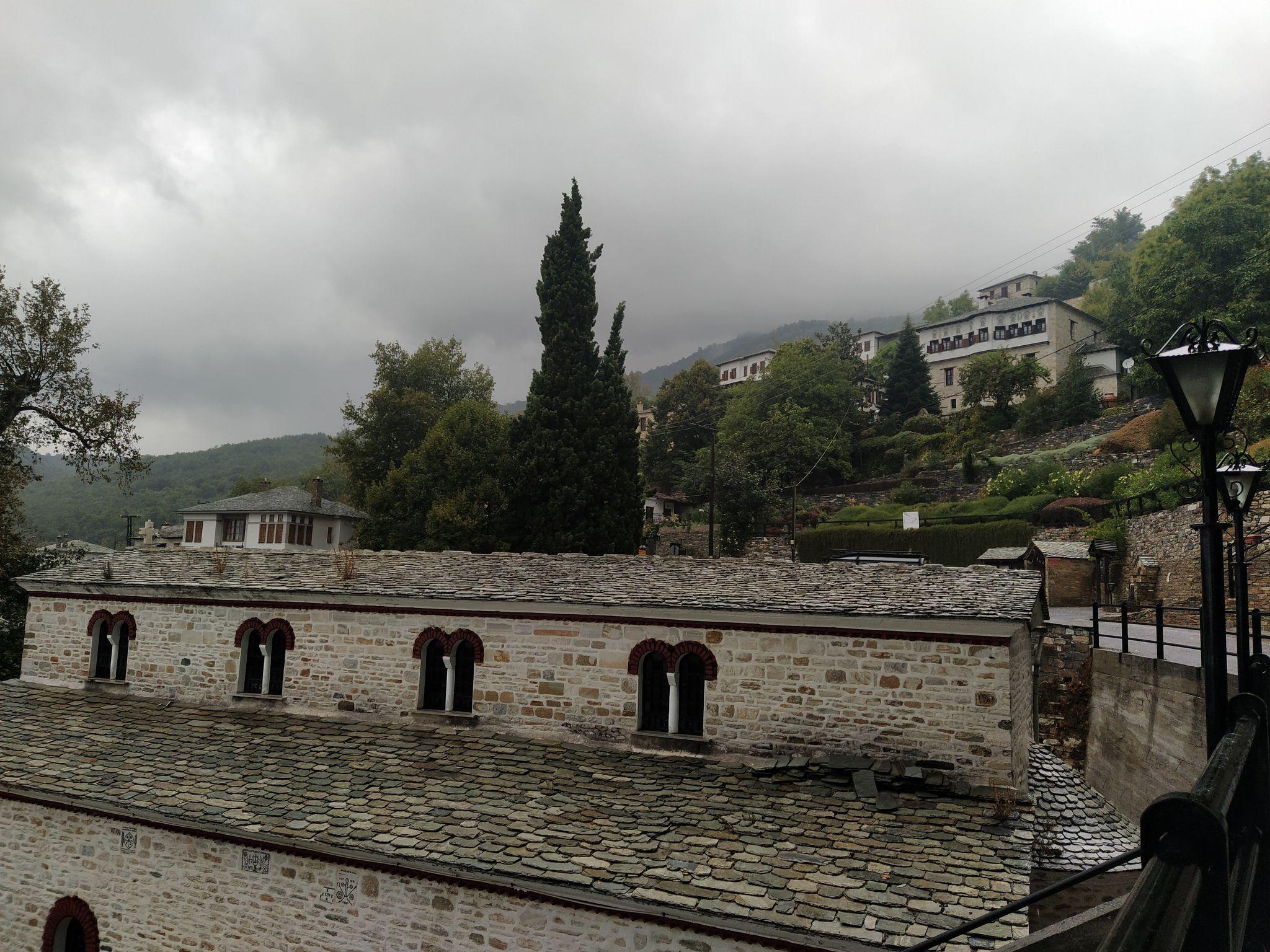 Църквата в село Пинакатес
