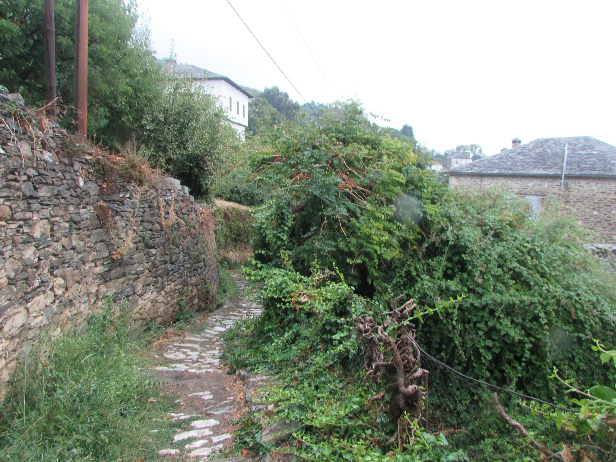 кълдъреъм в село Агиос Лаврентиос