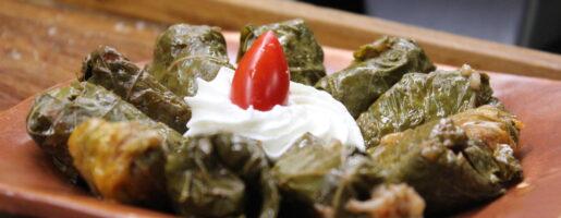 Вкусна порция в гръцка таверна