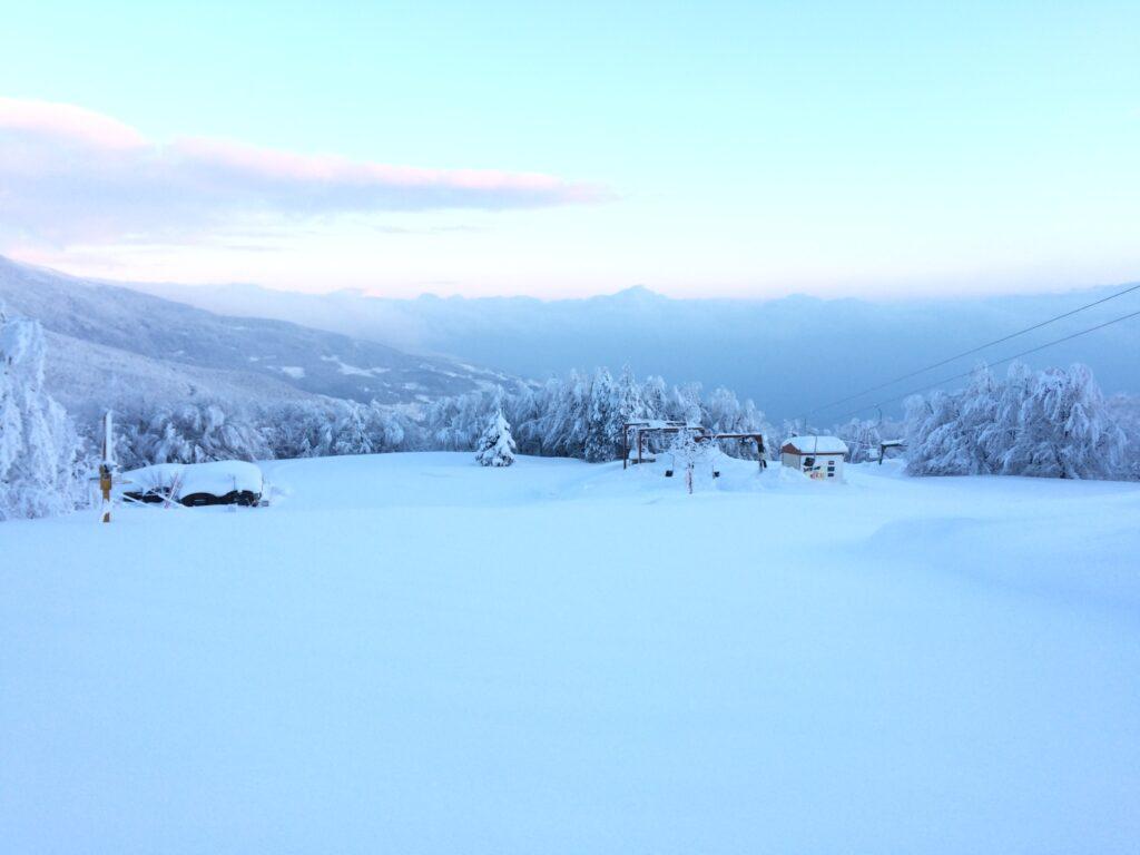 Зимна приказка на ски център Пилио