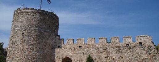 Крепостта на Кавала