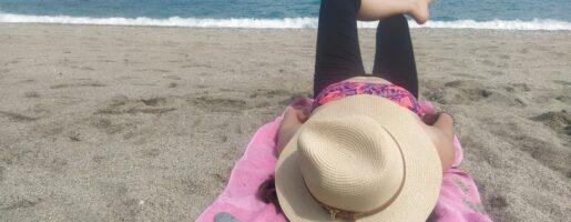 Спокойствие на плаж в Гърция