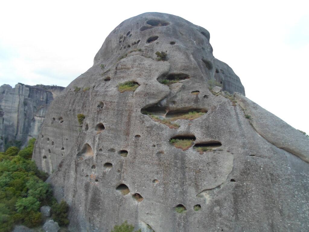 Пещери на Метеора